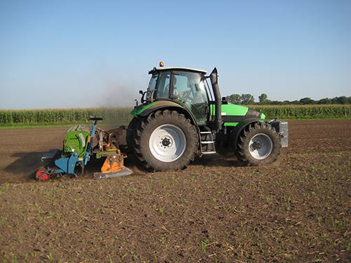 Bodenbearbeitung | Lohnunternehmen Janssen
