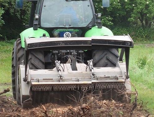 Forstmulcher am Bagger | Lohnunternehmen Janssen